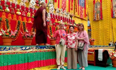 Празднование Будды Пурнимы (Весак) в монастыре Шераблинк. Май 2016