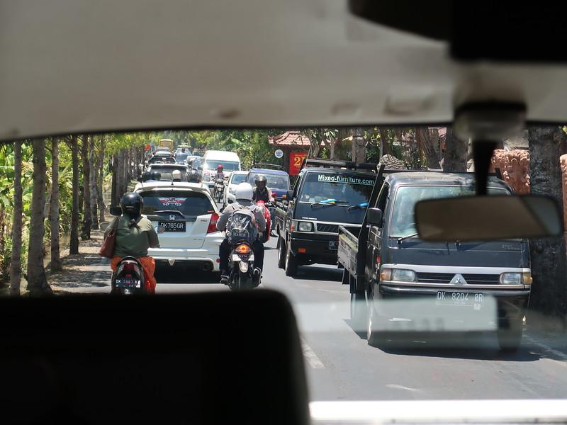 IMG_4550-traffic-from-ubud.JPG
