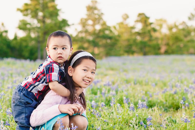 blue-bonnet-family-portrait-414-Edit.jpg