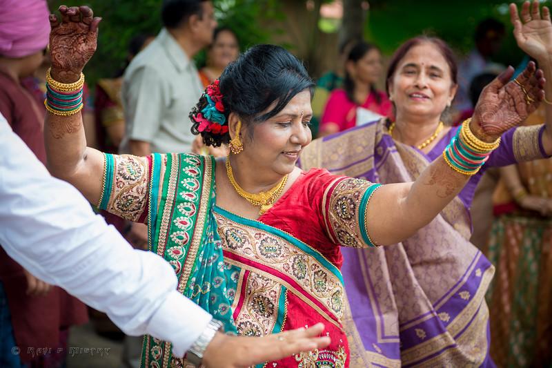 Wedding Day-2_xqd (Jay Pooja)-24.jpg