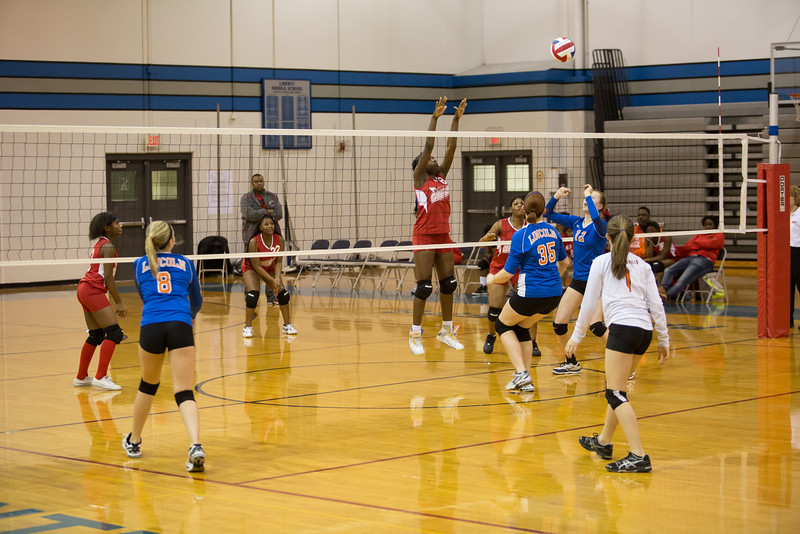 MC Volleyball-8873.jpg