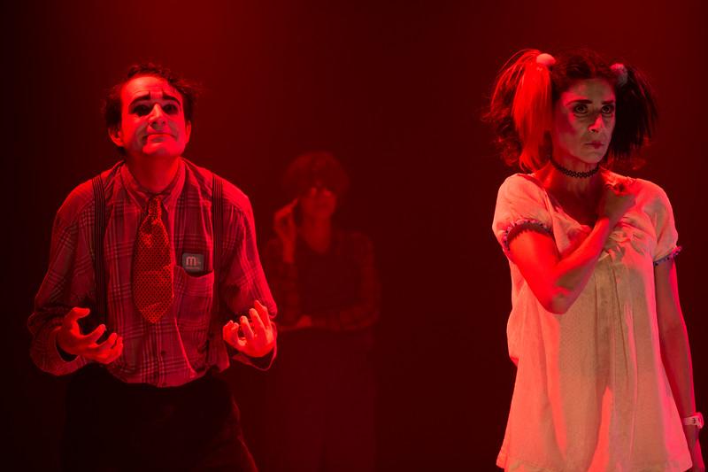 Allan Bravos - essenCIA Teatro - Persona 07-504.jpg