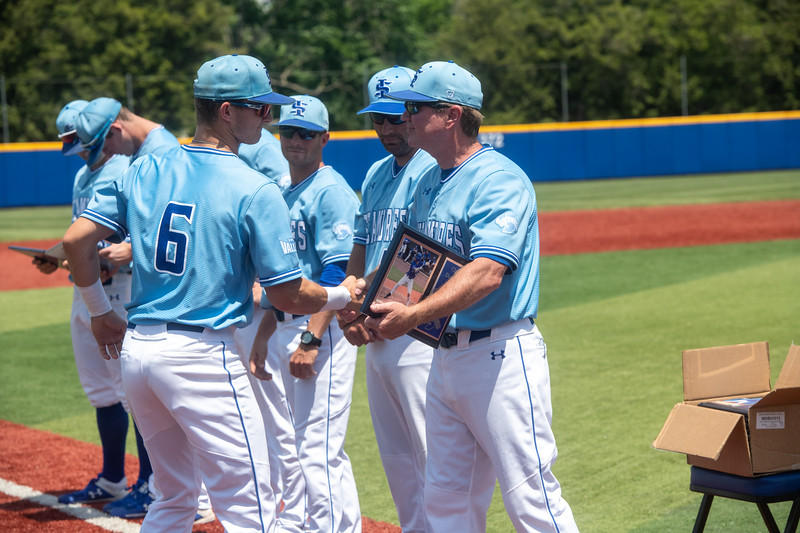 05_18_19_baseball_senior_day-9710.jpg