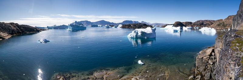 Sermilik Fjord Ammassalik Island i7 PS Cyclindrical.jpg