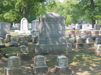 Forest Home Cemetery, Forest Park