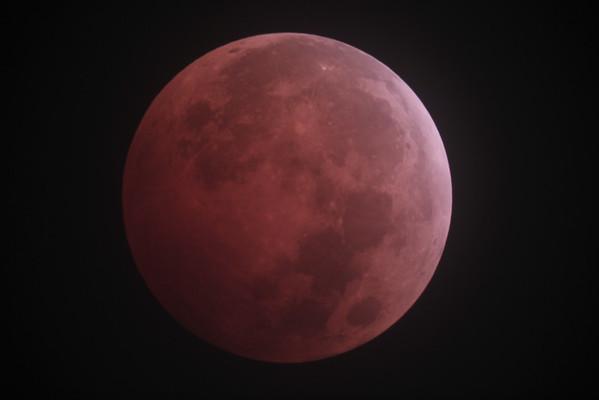 Lunar Eclipse 10-08-2014 Lake Draper