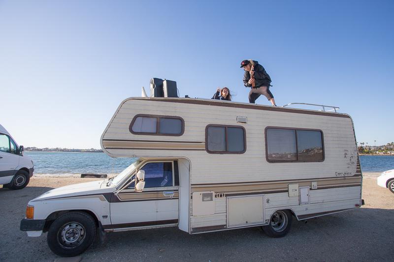 800px-jakegrovephoto-vanlifeapp-fiesta-island-van-meetup-february-2018-9908.jpg