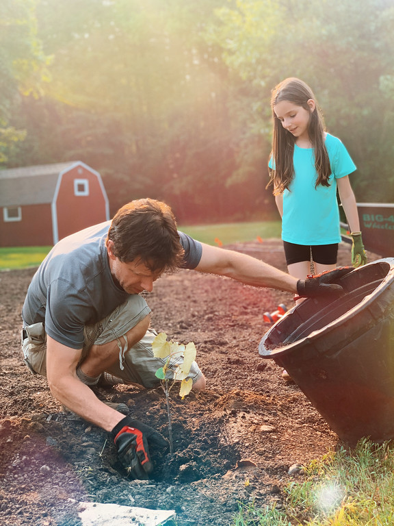 #ad A summer job is an important one and a summer job teaches life skills and financial responsibility. 5 ways kids can earn money this summer: #UFundDreams