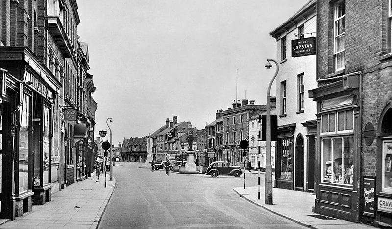 Crown St & Market Hill