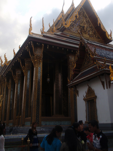 Details at the Grand Palace.