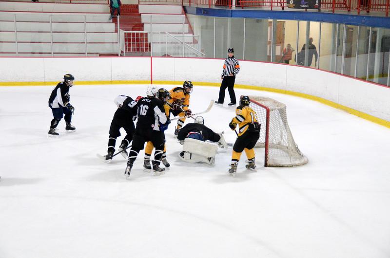 140913 Jr. Bruins vs. 495 Stars-029.JPG