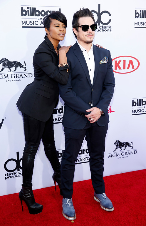 . Laurianne Gibson, left, and Casper Smart arrive at the Billboard Music Awards at the MGM Grand Garden Arena on Sunday, May 17, 2015, in Las Vegas. (Photo by Eric Jamison/Invision/AP)