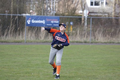 03-26 Vennep Flyers oefenen uit