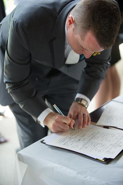 bap_schwarb-wedding_20140906155300_D3S2066