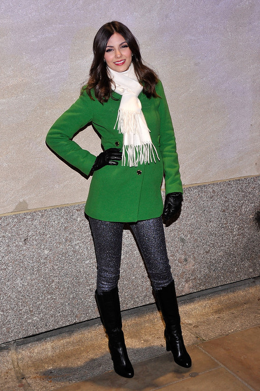 . Actress/singer Victoria Justice attends the 80th Annual Rockefeller Center Christmas Tree Lighting Ceremony on November 28, 2012 in New York City.  (Photo by Stephen Lovekin/Getty Images)