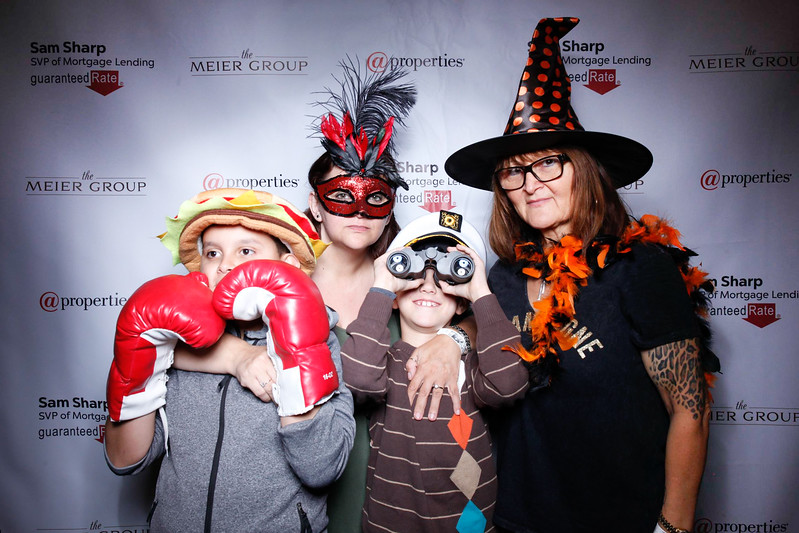 MeierGroupPumpkinCarvingEvent-47.jpg