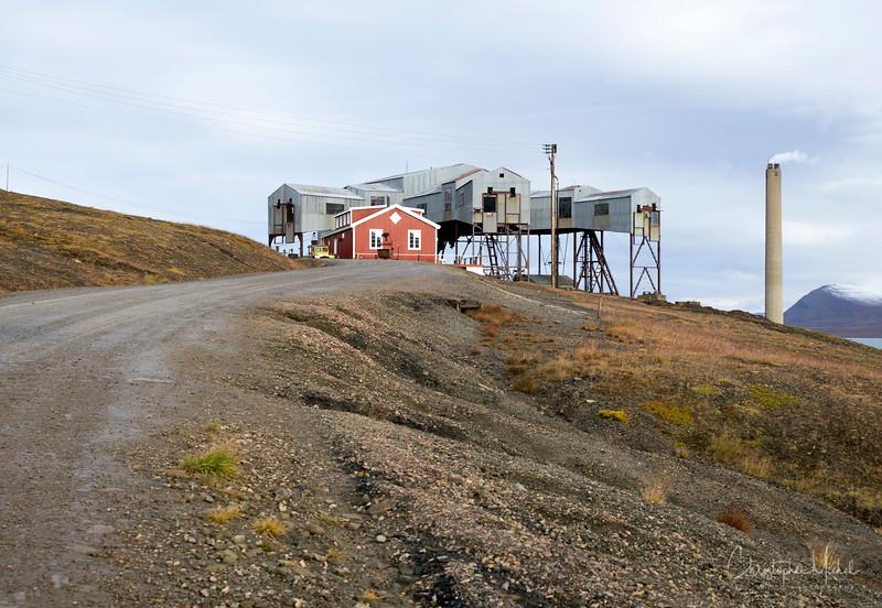 8-28-16169512 Longyearbyen Svalbard.jpg