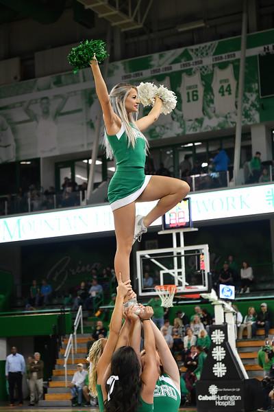 cheerleaders6734.jpg