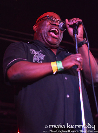 Barrence Whitfield and the Savages at The Middle East