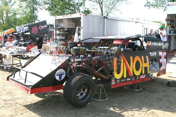 4-20-2012  Valley Speedway USMTS