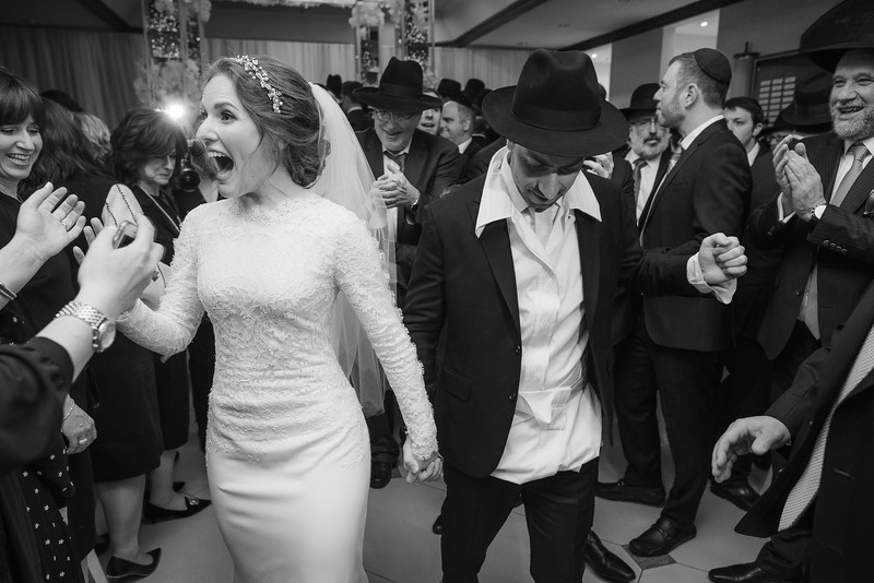 Miri_Chayim_Wedding_BW-612.jpg