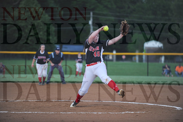 Newton softball vs. Marshalltown 5-30-2019