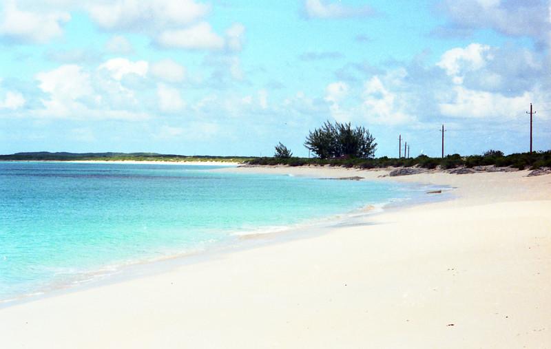 1990-12 1-22A Bahamas170.jpg