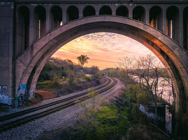 Trains & Bridges
