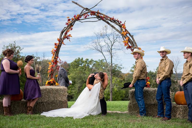 KALandrum_Wedding_Colonel_Bolton_Home_Jefferson_City_MO_Photographer-16.JPG