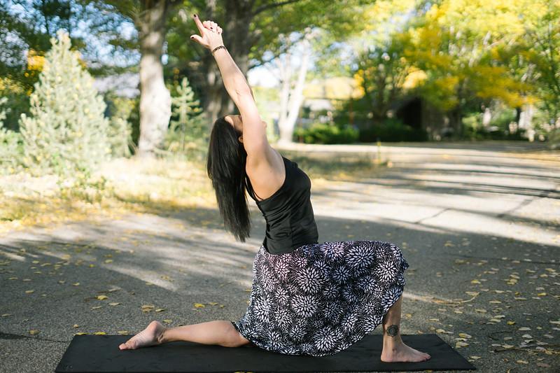 Toni Kuhn Yoga Photography Pine Mountain Club-79.jpg