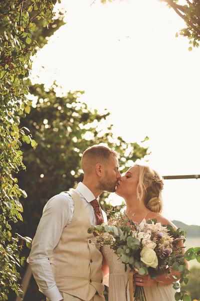 Awardweddings.fr_Amanda & Jack's French Wedding_0594.jpg