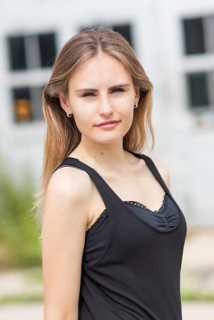 Paprika M Senior