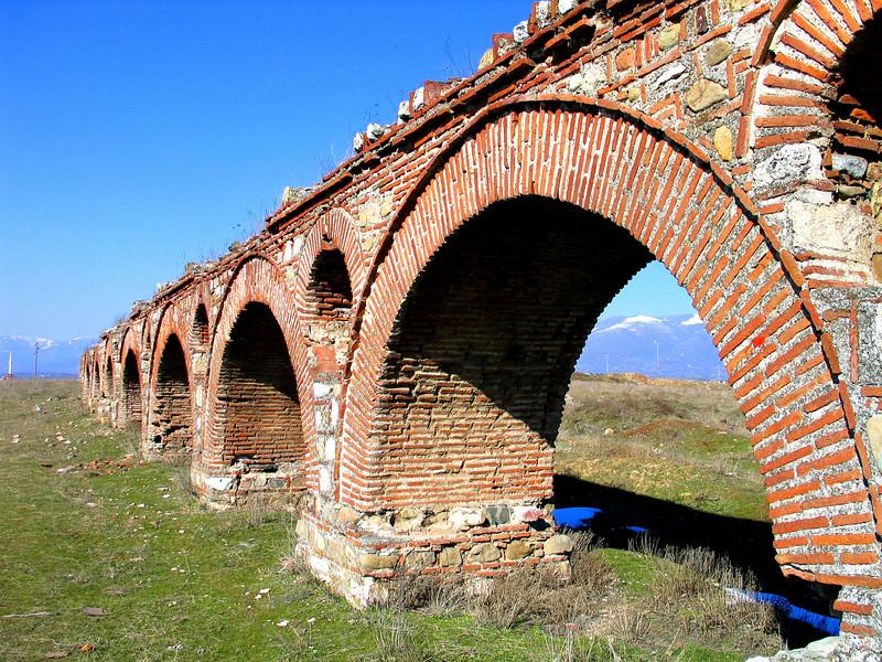 Roman Viaduct in Skopje, Macedonia2.jpg