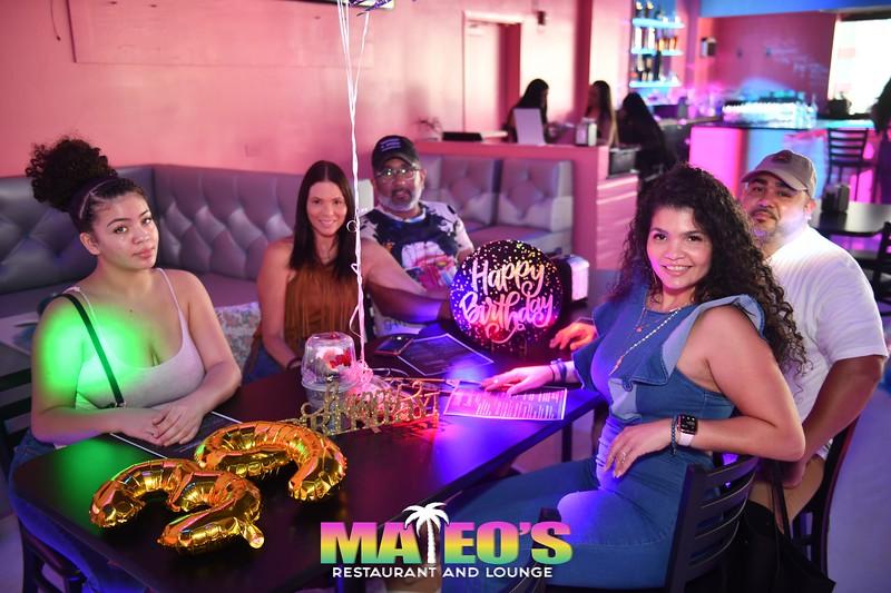 Mateo's Restaurant and Lounge