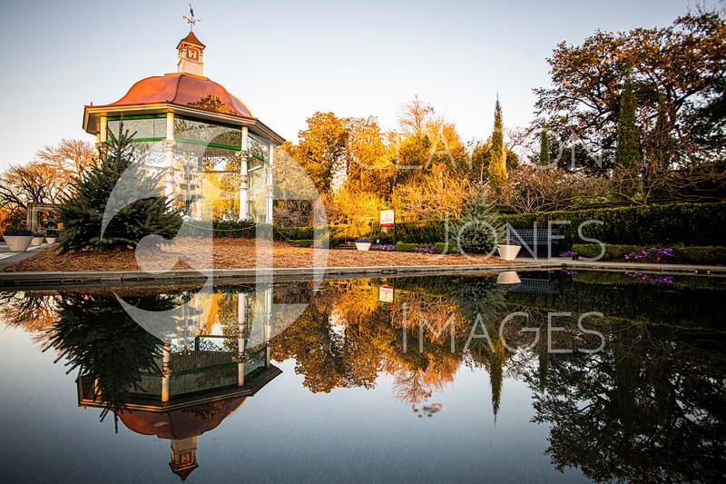 arboretum_reflective_pool.jpg