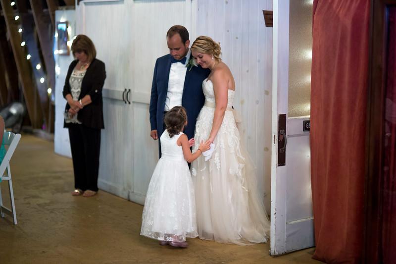 Garrett & Lisa Wedding (605).jpg