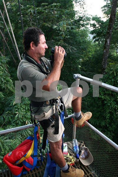 """Costa Rica"" guide in tree platform"