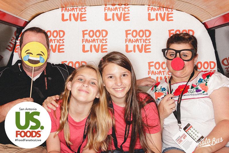 us-foods-photo-booth-318.jpg