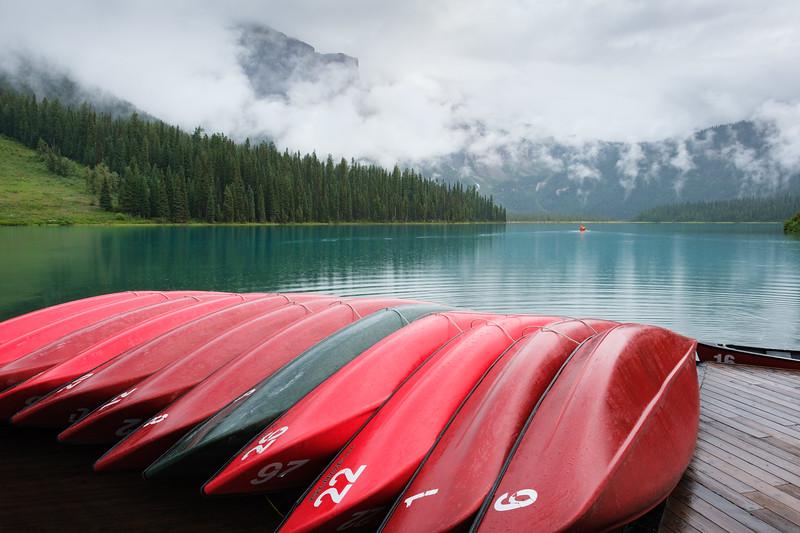 Emerald Lake canoes
