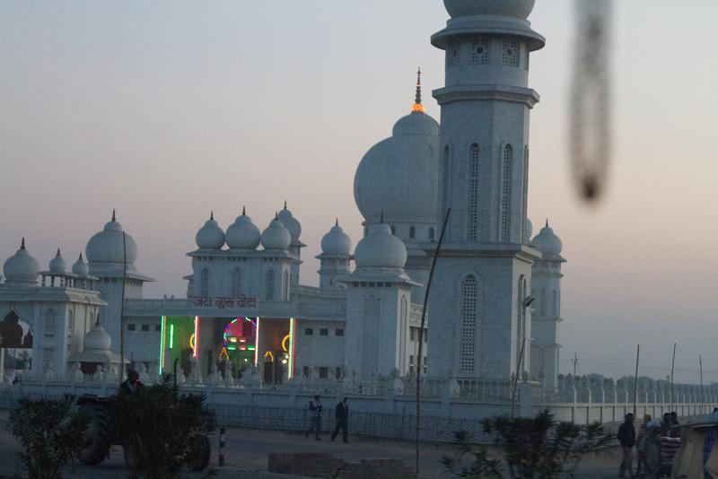 India_2012Feb-5609.jpg