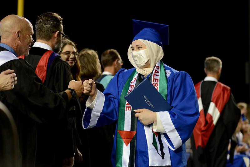 LHS-Graduation-2021_016.jpg