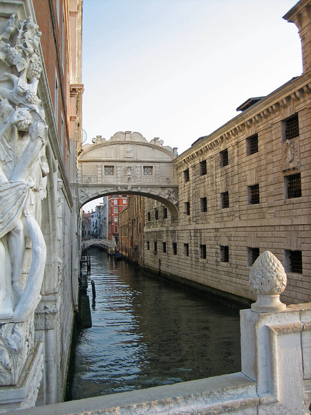 7_27 11 Venice Bridge of Sighs.JPG