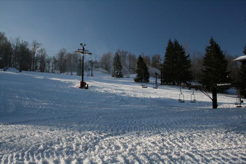 SnowTrailsOpeningDay12_11_09_008.jpg