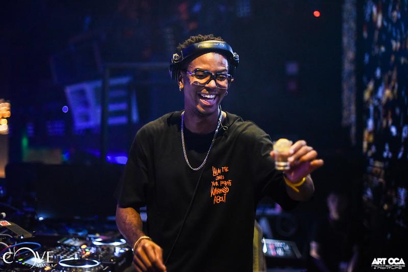 DJ Puffy at Cove Sept 14, 2019 (24).jpg