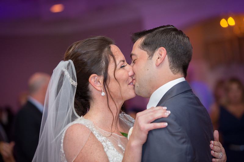 MRN_0998_Loriann_chris_new_York_wedding _photography_readytogo.nyc-.jpg.jpg