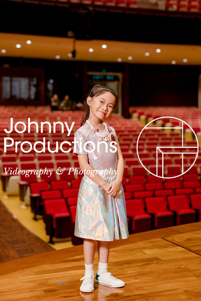 0094_day 1_orange & green shield portraits_red show 2019_johnnyproductions.jpg