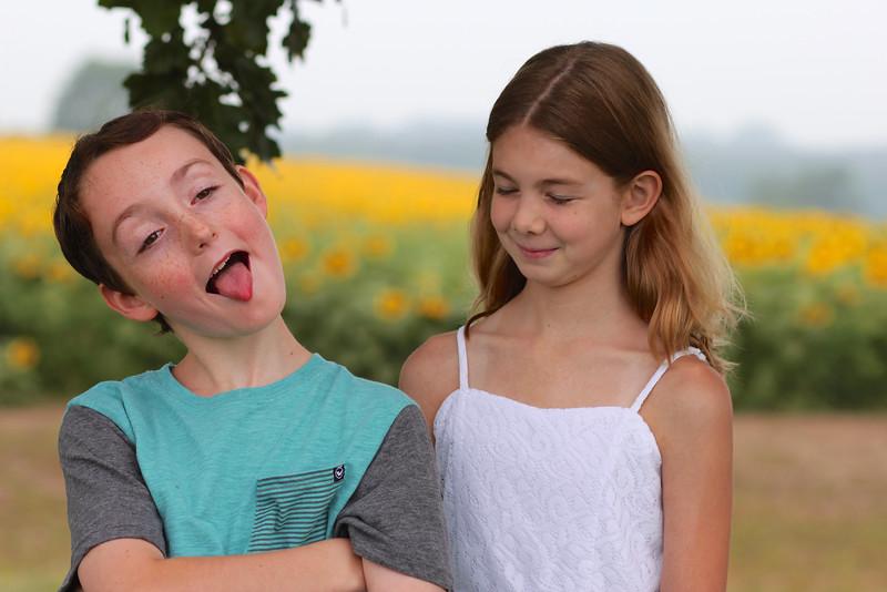FamilySunflowers_ 34.jpg