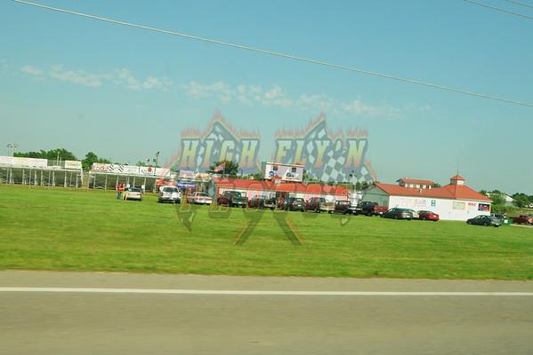 5-29-2011 CMS 305 Sprint Cars
