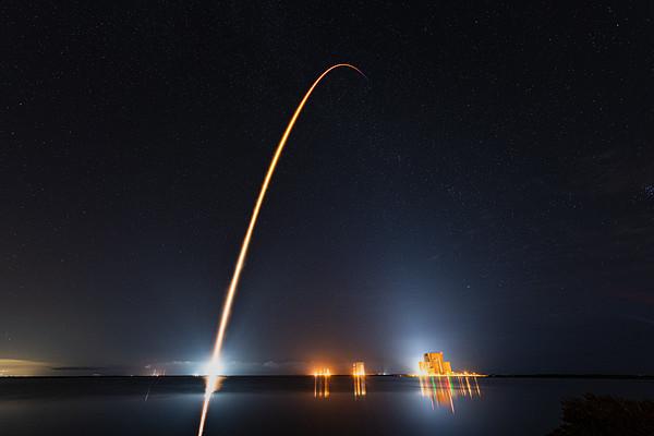 Falcon 9: Crew-1