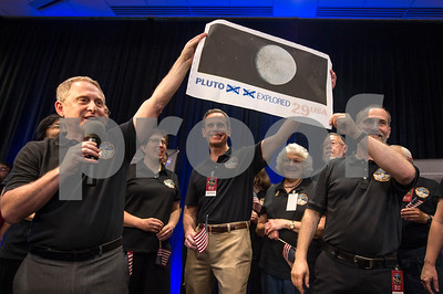 pluto-up-close-spacecraft-achieves-flyby-then-calls-home